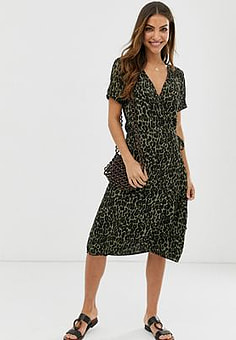 b.Young Kleid mit Leopardenmuster